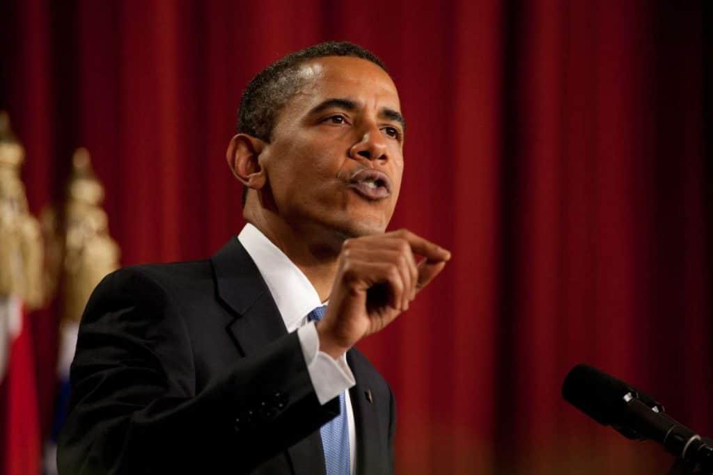 Barack_Obama_speaks_in_Cairo_Egypt_06-04-09