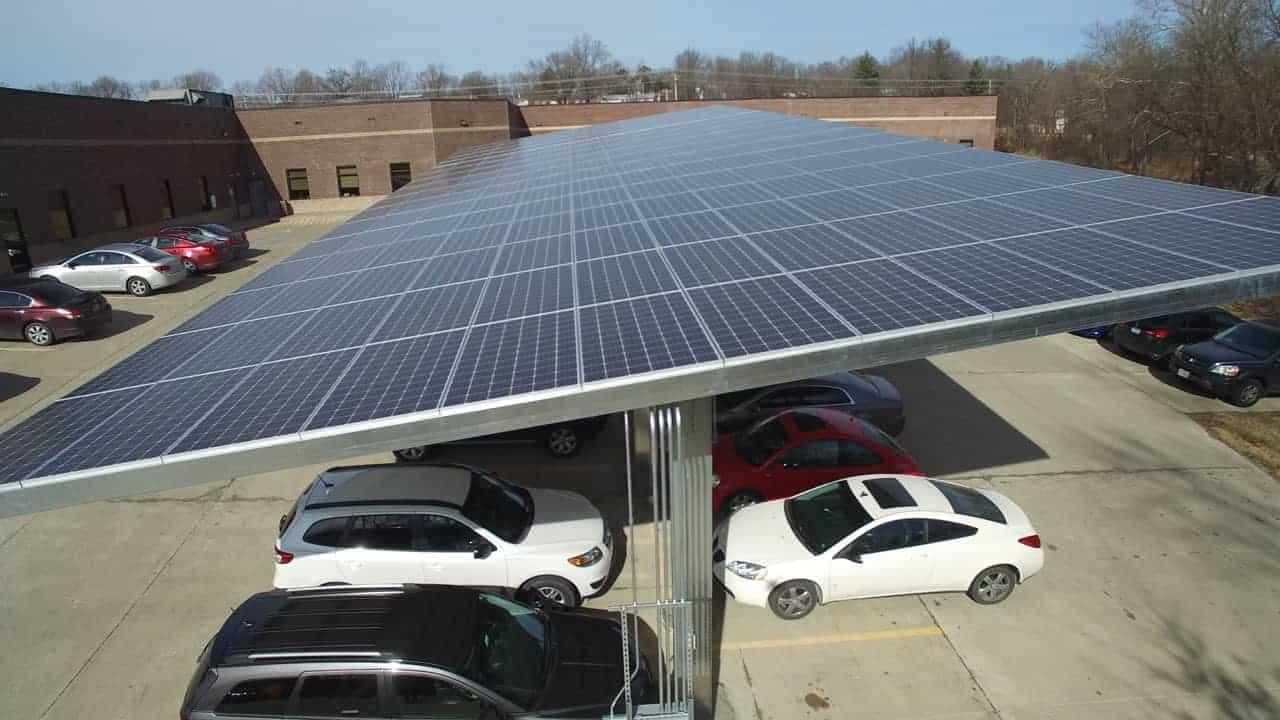 5 Benefits of Solar Carports | EnergyLink