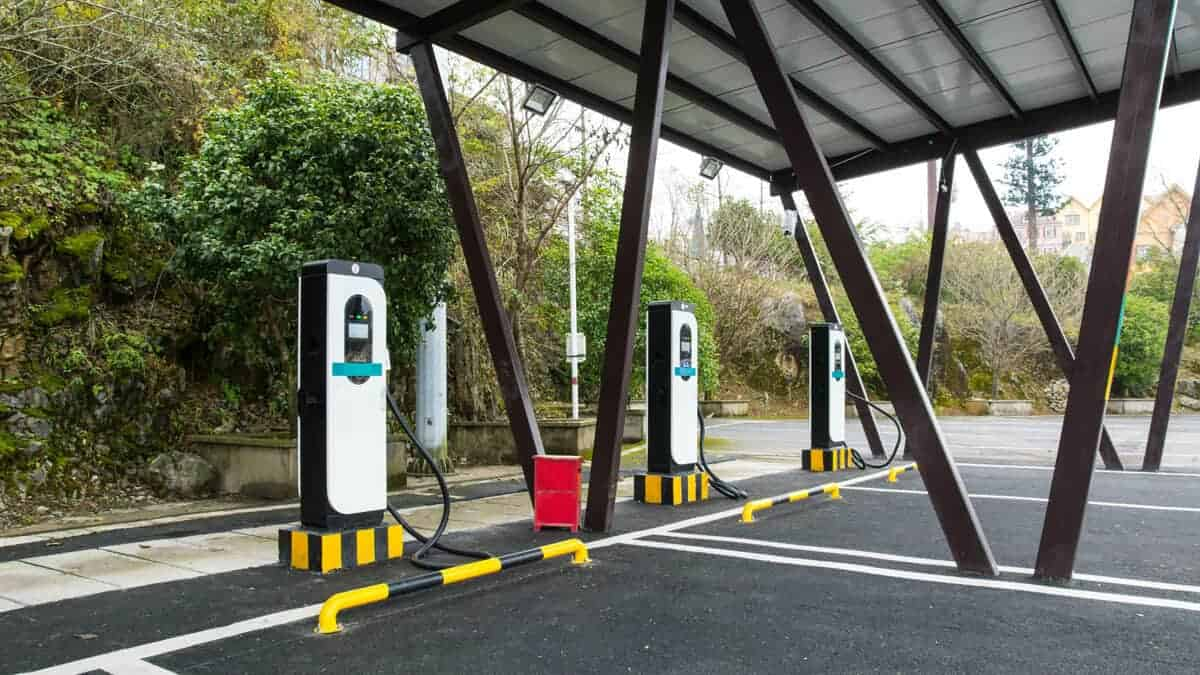 Commercial EV Charging Stations Pic 1