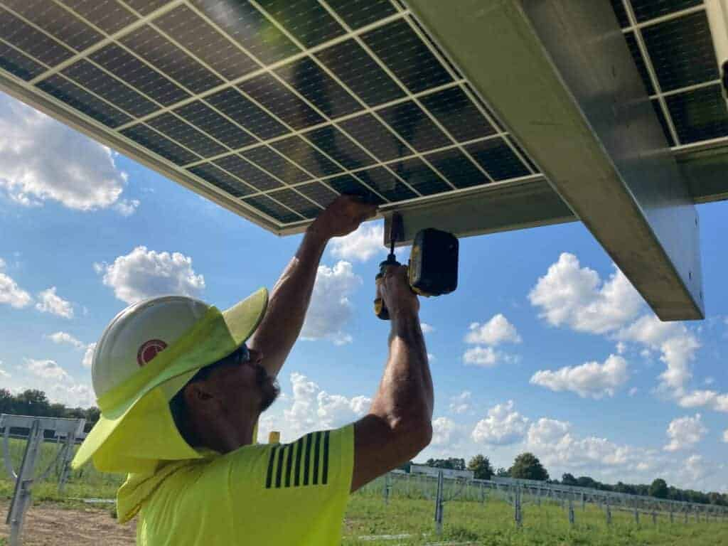 best commercial solar installers