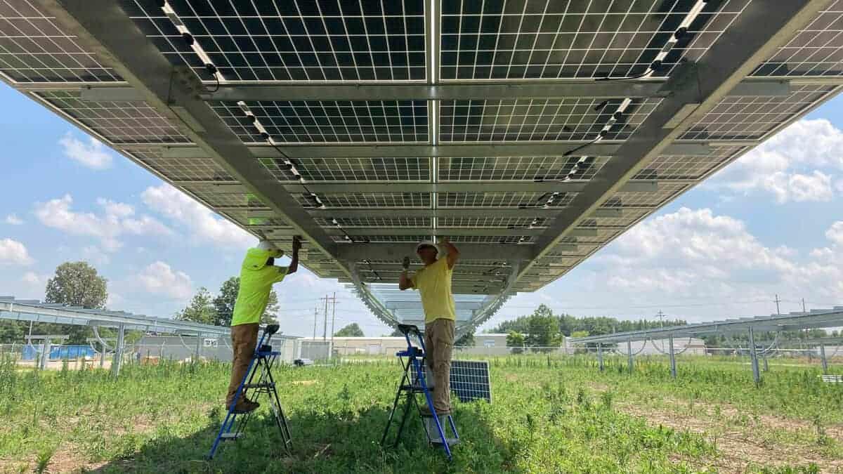 Bifacial Solar Panels Install